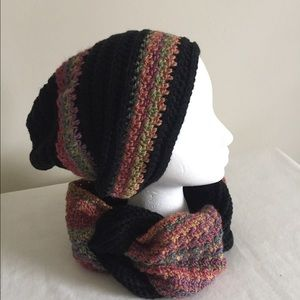 Accessories - NWOT Set Beanie and Neck